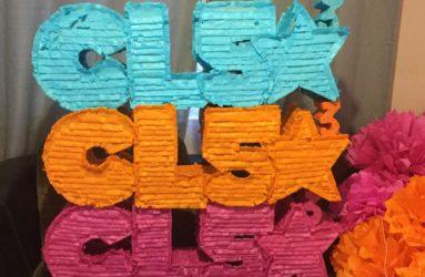 Personalize Piñatas